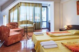 Hotel STARÁ KAŠTA_dvoulůžkový pokoj s možností dvou přistýlek