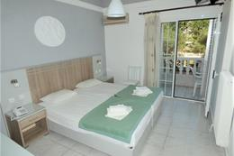 Hotel OREA ELENI_pokoj 2-4 osoby
